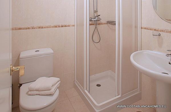 Altea appartement s 820 costa blanca - Vliegtuig badkamer m ...