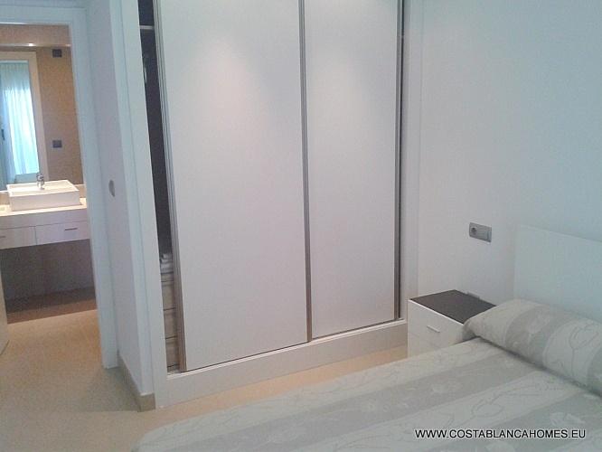 Benidorm appartement r 076 costa blanca - Vliegtuig badkamer m ...