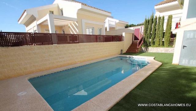 Alfaz del pi villa r 169 costa blanca - Vliegtuig badkamer m ...